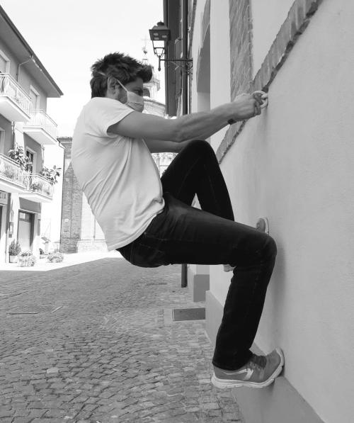 roccioletti - balance / equilibrium / poise